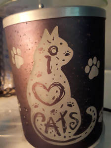 """""""I ❤️ Cats"""" Scentsy warmer (Sussex)"""