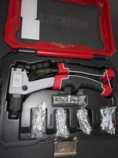Rivet Gun Set