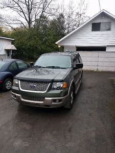 2004 Ford Expedition VUS