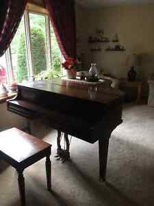 Antique Werlitzer Baby Grand Piano