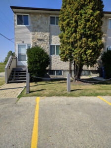 3 bedroom townhouse condo for rent in River Heights