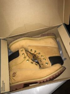 Timberland boots size 9.5 women 7.5 men, brand new still in box!