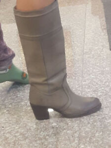 Very stylish natural leather boots
