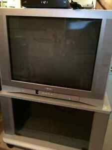 FREE TV READY FOR A NEW HOME