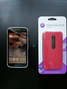 Moto G3 (2015 ed) with case, accessories – 130$