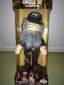 Collectable Duck commander uncle SI talking plush doll Edmonton Edmonton Area image 1