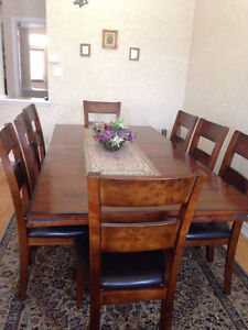 Dining Table  9-Piece .. 8 chair + 1 dining table