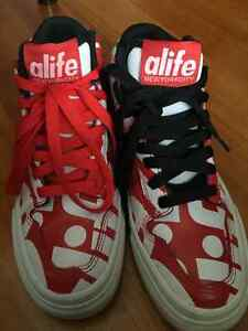 alife street shoes - red and white, size mens US 5
