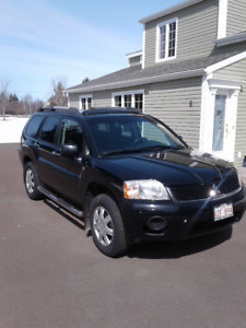 2009 Mitsubishi Endeavor with only 129,000 Km