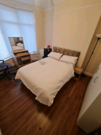 Room available to let
