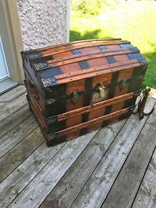 antique malle coffre trunk chest 1880's West Island Greater Montréal image 1
