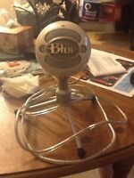 White Snowball Microphone for Sale