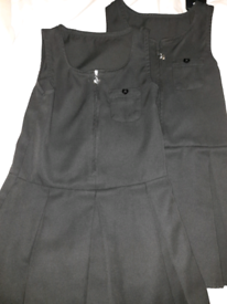 Age 4-5 girls school dress. Brand new. Without tags