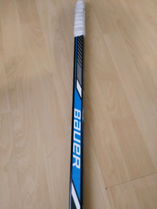 Right-handed Bauer mens hockey stick