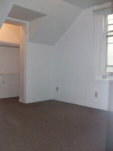 RARE VACANCY!Trent 4BD INCLUSIVE APT ONLY $464ea Avail May Peterborough Peterborough Area image 10
