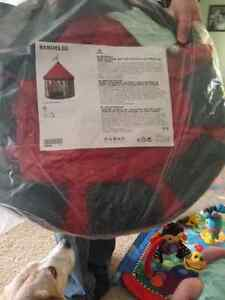 Brand new Play Tent