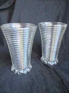 Beaux vases en verre nervuré Manhattan - Années 30- 2/35$