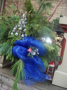 *** Christmas Planters * 145 Grand Ave S Cambridge * Great Gifts