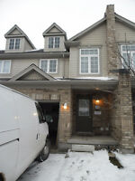 TOWNHOUSE WITH ONLY 1 ROOM LEFT FOR U OF G STUDENT