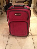 Tracker 18 inch luggage in pink