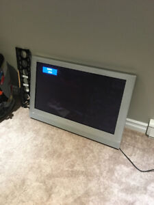 "Panasonic 42"" Flat Screen TV with Wall Mount"
