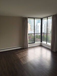 Newly renovated Bachelor/ Studio Downtown-West End Greater Vancouver Area image 4