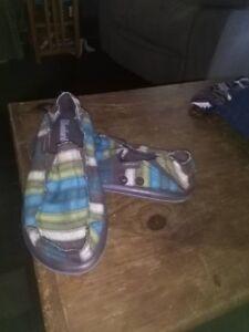 Ladies Skecher Beach Shoes