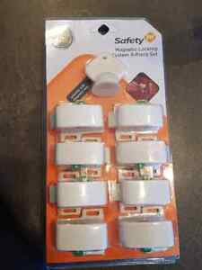 Safety First Magnetic cupboard and drawer locks