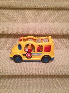 """Little People"" Lil Movers School Bus"