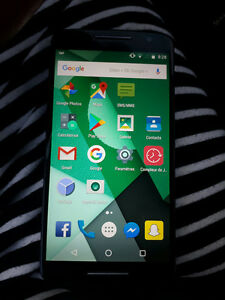 Cell a vendre moto x play 80$