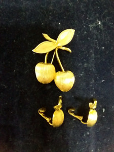 2 pc. Set Cherry pin and clip earrings