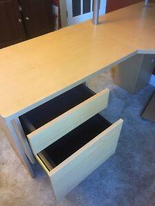 Corner desk.  Cambridge Kitchener Area image 6