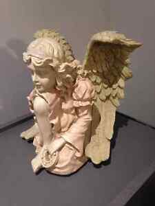 Beautiful Angle 11 inches high in perfect condition London Ontario image 4