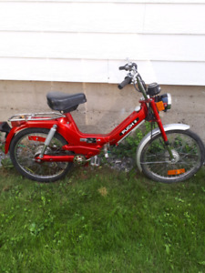 Mobylette Puch a 200 dollars!