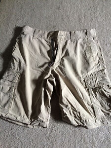 Old Navy Light Khaki Short