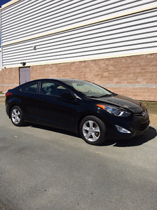 2013 Hyundai Elantra GLS Coupe (2 door) -Sunroof -Auto -Loaded!