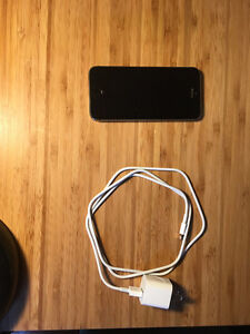 iPhone 5S (16GB) / Black / Koodo