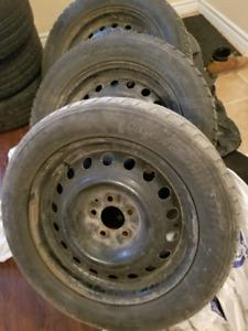 225/55 R 17 toyo winter tire with rim