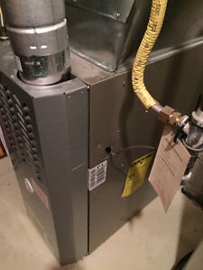 Mid-efficient 66,000 BTU furnace in great condition