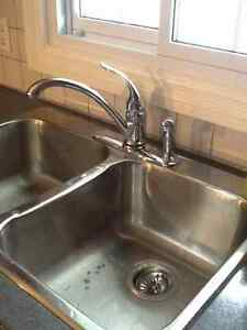 Kitchen counter, sink and faucet Kawartha Lakes Peterborough Area image 2