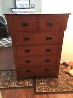 100$ firm tall boy dresser good condition