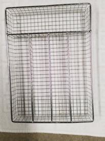 Metal mesh cutlery tray