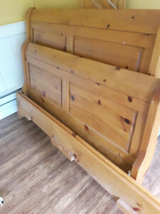 Pine Bed Frame Queen Size