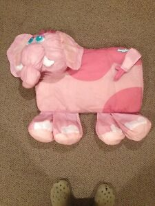 Snugglers Pillow Cover