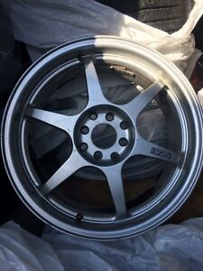 4 rims for sell 300$ with 3 good tires // NEGOCIABLE //