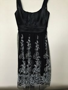 BEAUTIFUL DELICATE EMBROIDERED DRESS