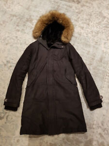 black aritzia wonter coat size medium