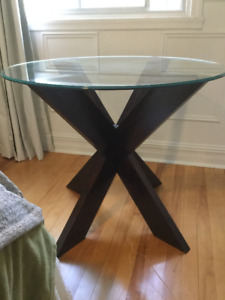 Small dining space? This is your table!