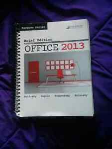 Marquee Series Brief Edition Microsoft Office 2013 Wtih Disc Kitchener / Waterloo Kitchener Area image 1