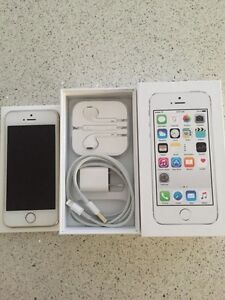 iPhone 5s 16 gig gold with MTS